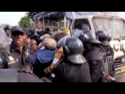 Réforme de la Constitution en Côte d'Ivoire : une manifestation de l'opposition dispersée