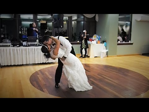 The Blocher's first dance! (Mango Tree by Zac Brown Band)