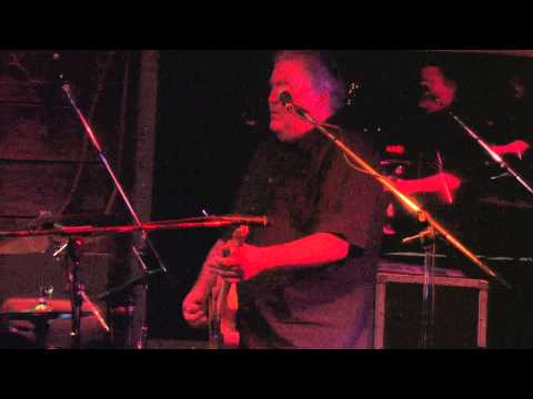 Los Lobos jam at Knucklehads Saloon in Kansas City, Missouri