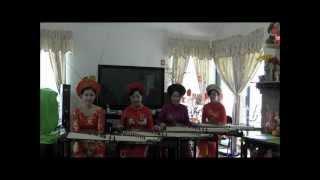 Lớp ĐànTranh Houston- Xuân Quý Tỵ 2013 - Lòng Mẹ, Bà Mẹ Quê