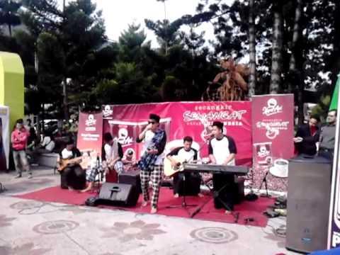 Jafunisun - Tahu Sumedang @Dago Car Free Day