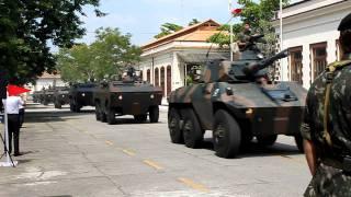 Desfile motorizado do 15 RCMec para o novo Cmt