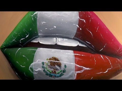 Pk Painting Flag of Mexico on Lips (TIMELAPSE)