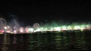 Palm Jumeirah Fireworks HD - New Years Eve 2013-2014
