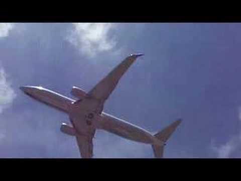 Kwajalein:  Airport