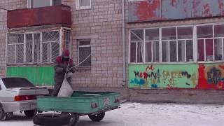 ( видео альбом )Спуск мусора с пятого этажа при ремонте трех комнатной квартиры.