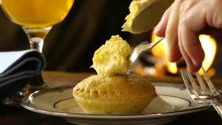 Rodda's mince pies with Cornish clotted cream Thumbnail