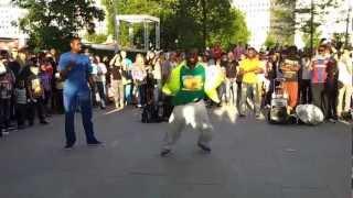 London Southbank Street Performers