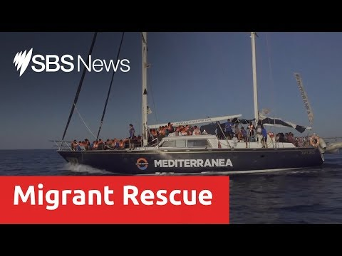 New asylum seeker boat docks in Italy despite government ban
