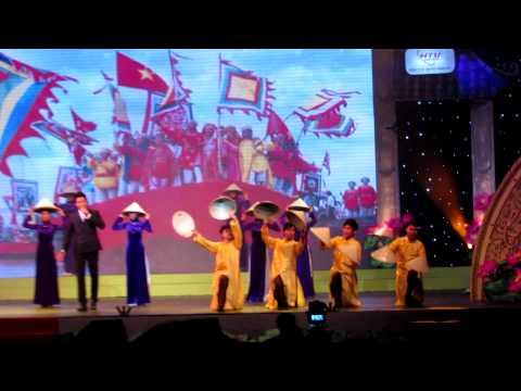 Yêu dân tộc Việt Nam   Phi Hùng