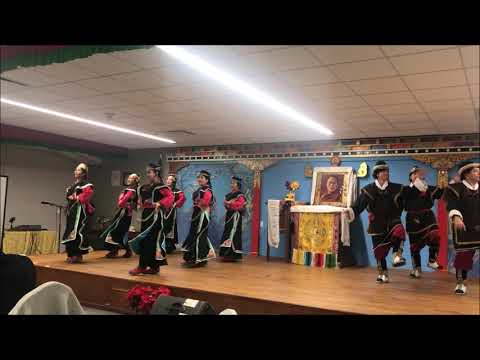 陈破空:陈破空致词:北京无权介入达赖喇嘛转世!汉藏联谊晚会,藏族学生倾情表演山区歌舞