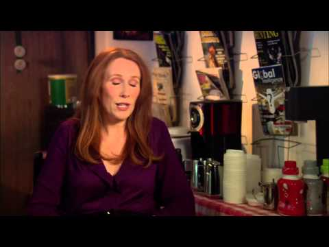 """Catherine Tate """"The Office"""" Season 9 Interview!"""