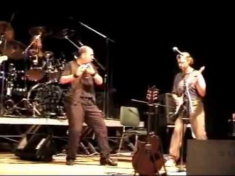 Jethro Tull - With you there to help me - Live Itullians 2001.