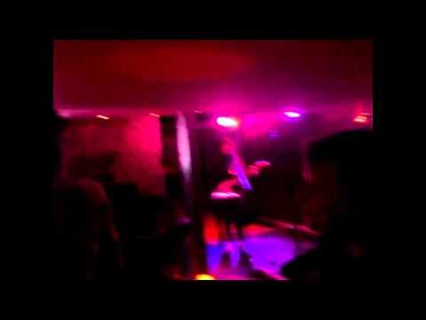 ashlee and jen at the music box salisbury 12/2/14