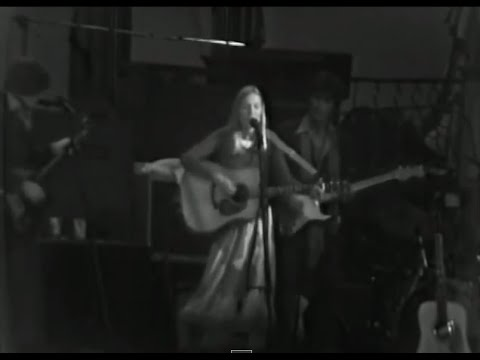 The Band - Baby Let Me Follow You Down (with Bob Dylan) - 11/25/1976 - Winterland