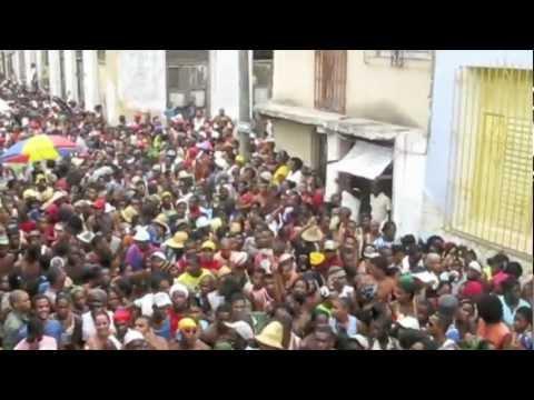 Santiago de Cuba - Music and Culture - La Conga!!