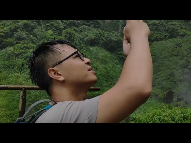 When Vietnamese Guy Trying To Be a Local Person in Cileat Waterfall