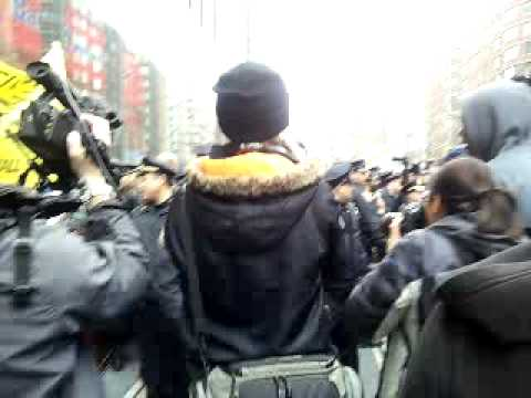 banks protest  arrests ows zuccotti park