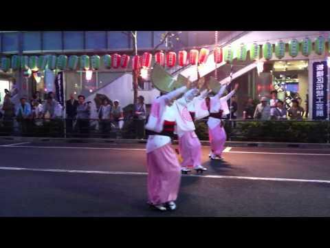 Itabashi-ku matsuri pink dancers