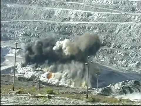 Explosions.Взрывы на руднике