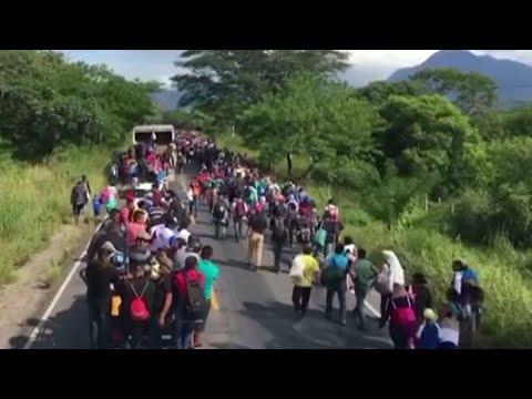 A new migrant caravan: 2,000 Honduran migrants traveling toward Mexico