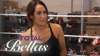 Baixar - Brie Bella Trains For Her Final Match At Wrestlemania Total Bellas E Grátis