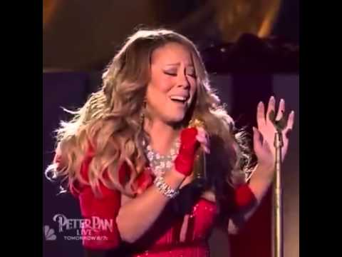 Mariah Carey Horrific Singing during NYC Tree Light Performance ...