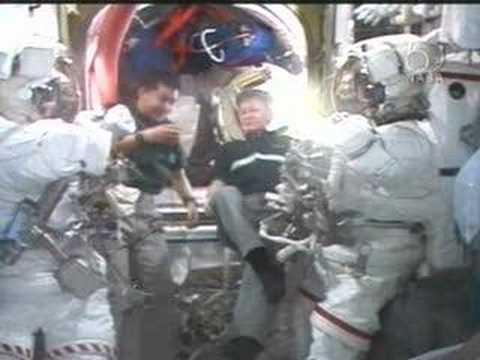 Expedition 16 CREW OFFERS THOUGHTS ON ITS UPCOMING SPACEWALK