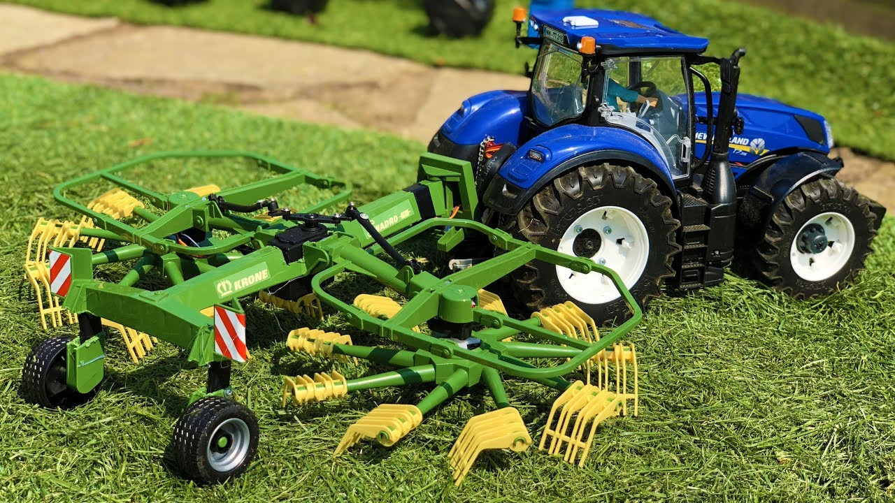 BRUDER TOYS RC tractor working on the field with RC hay rakes! Action video for kids