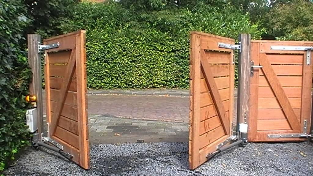 Vaak proteco leader 5 op houten poort - YouTube &IR09