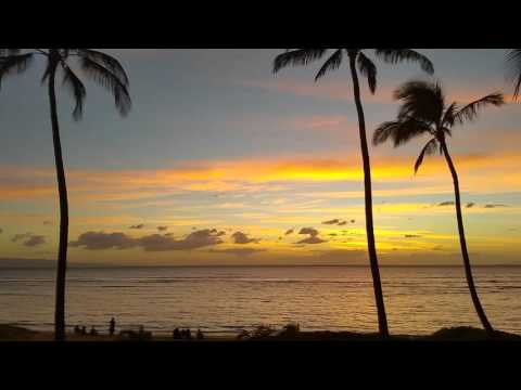 Beautiful sunset from Aloha Villas, Maui Hawaii