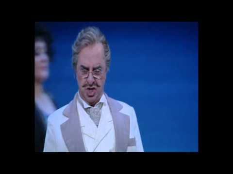 """Bruno de Simone sings in Il Turco in Italia """"Vado in traccia d'una zingara"""""""