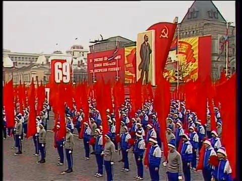 Soviet October Revolution Parade, 1986 Part II Парад 7 Ноября