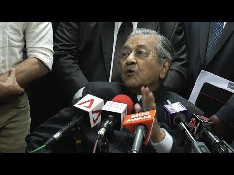 Tun M: Pakatan Harapan parties will campaign as one regardless of RoS