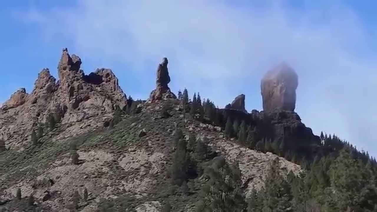¿Cómo llegar al Roque Nublo? Caminata a pie.