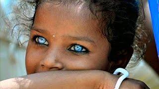 Download Video 10 أطفال لديهم أجمل العيون فى العالم MP3 3GP MP4