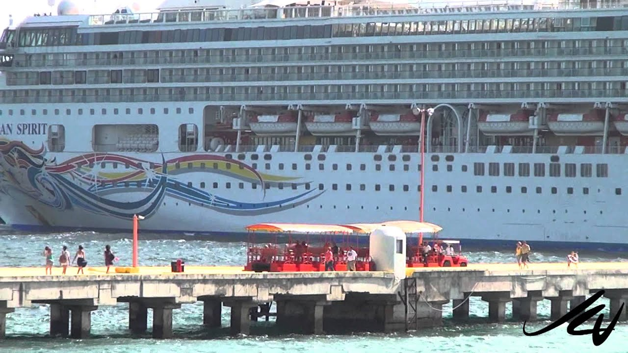Port Of Costa Maya Awesome Cruise Ship Port YouTube YouTube - How many cruise ships in port