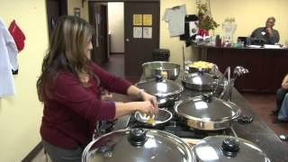 Cooking an Egg With Stainless Steel Cookware