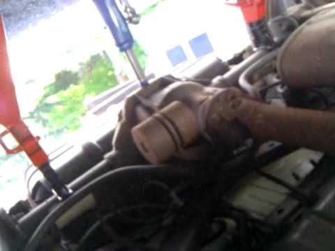 Jeep Liberty Drive Shaft Play 1 Youtube
