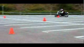 BBライダートレーニング「バイクを曲げる方法」2.参加者の様子(R1200R) thumbnail