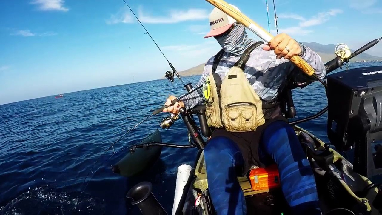 Hawaii kayak fishing vertical jigging tuna major craft for Kayak fishing hawaii
