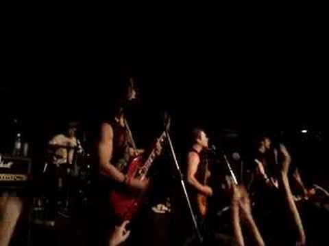Rufio- In My Eyes ( Campinas Hammer Rock Bar - Brasil)