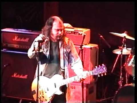 NASHVILLE PUSSY   2000 03 25   live @ Troubadour, West Hollywood California, USA   55min42 HI8 MASTE