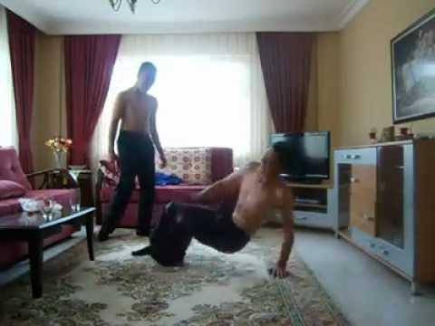 Break Dance Uğurcan USTA vs. Doruk AKGÜL