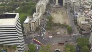 Protesta Bandera de Venezuela Plaza Altamira Vista Aerea DJI Phantom Chacao Obelisco Multicopter