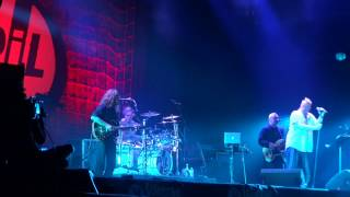 PIL - One Drop (Live @ Lokerse Feesten 09-08-2012)