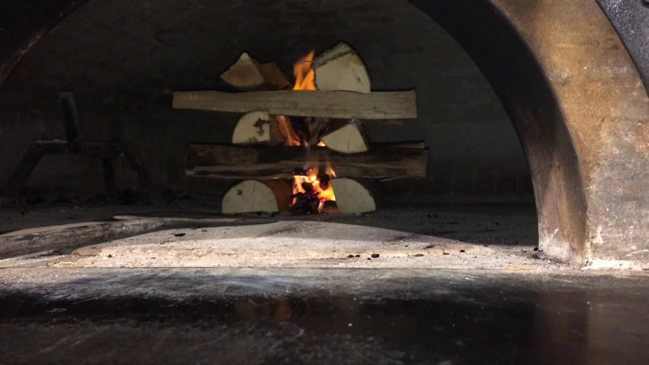 Video tutorial: come accendere il forno a legna   Alfa Forni
