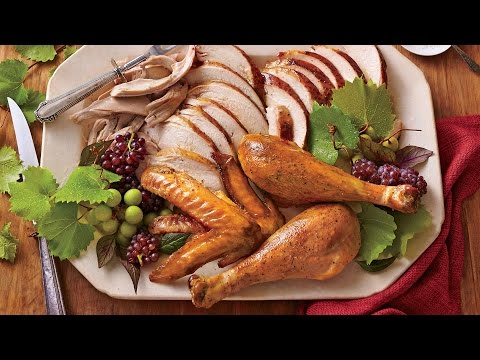 Holiday Hotline Tip: How Many Pounds of Turkey Per Person
