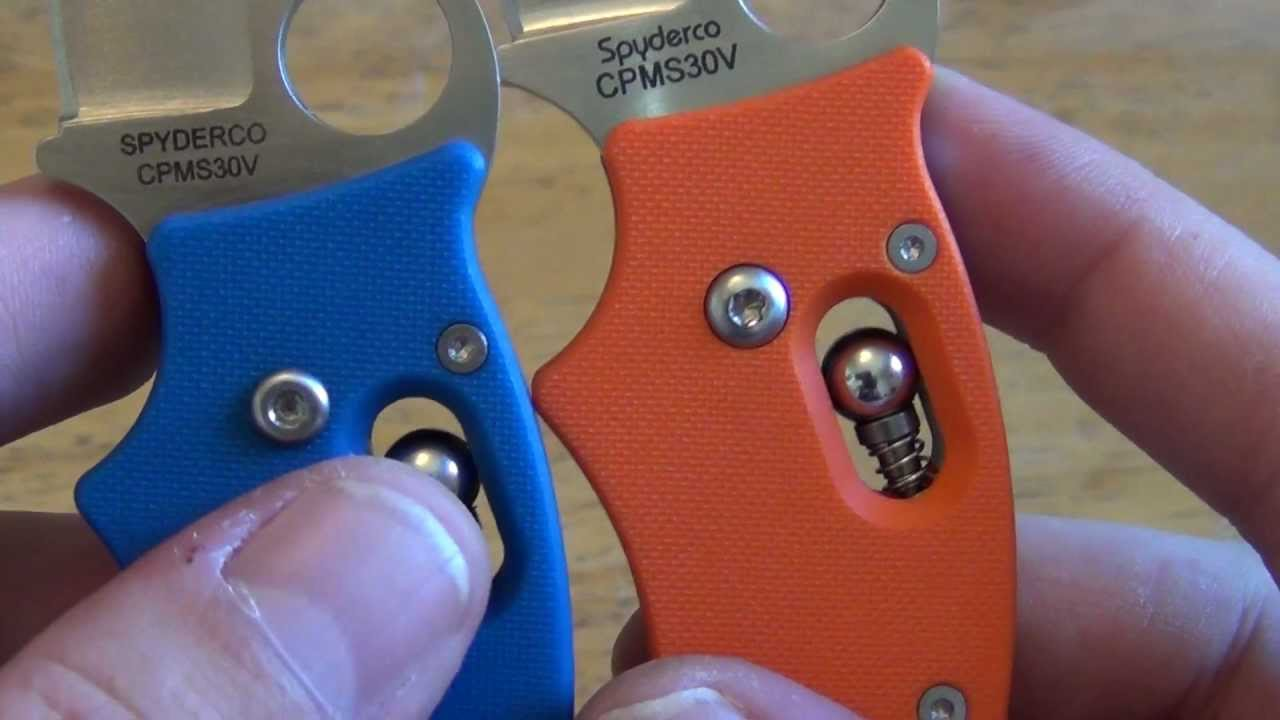 HD Spyderco dodo comparison Blue and Orange