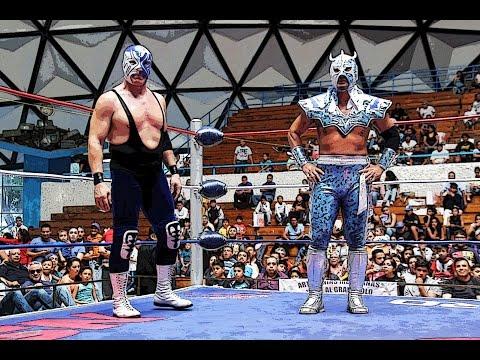 Ultimo Dragón y Atlantis vs Ultimo Guerrero y Rey Bucanero en Toryumon.